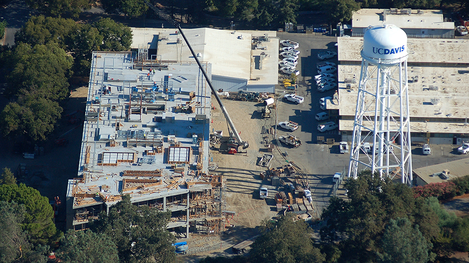 Rand's aerial photo of the Earth and Physical Sciences building under construction.